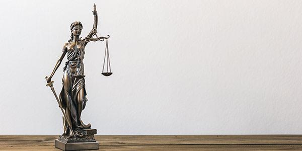 Justitia als Symbol für Wohnraummietrecht Berlin